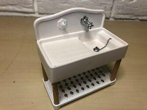 1:12 Dollhouse miniature green porcelain bathroom set toilet basin  KK xo