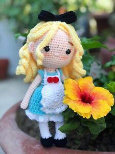 Alice in Wonderland amigurumi doll/ Alice in Wonderland handmade plush doll