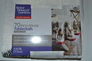 """NEW Better Homes & Gardens Christmas Heritage Holiday Tablecloth 70"""" Round HORSE"""