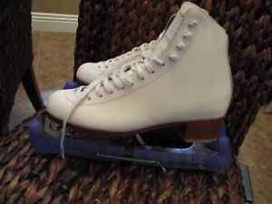 Riedell White Leather Womens Figure Skates Sz 8 Model  Blades Guards