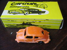 1/87 FIAT SEAT 600  ORANGE SURPRISE DE BAZAR EN BOITE