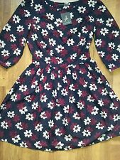 NEW daisy print vintage long sleeve tea dress
