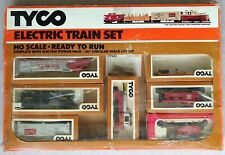 """Tyco Electric Train Set HO Scale with 36"""" circular track layout"""