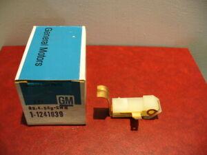 1971- 80 Cadillac Olds Chevy Buick Pontiac Parking Brake Warn Switch GM #1241639