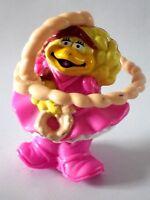 Jouet Toys figurine Mc donalds 7 cm BIRDIE cow girl lasso 1995