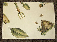 Pfaltzgraff Naturewood Gardener/Bee Hive Rectangular Reversible Cotton Placemat