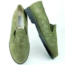 Romax Womens 8 Olive Green Suede Leather Floral Embroidered Slip On Loafer Shoe