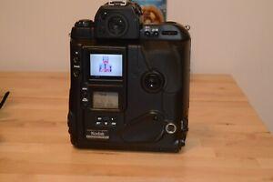 Kodak DCS 760C 6 MP Digital Camera based on the Nikon F5 [572]