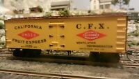 Roundhouse MDC California Fruit Express Old Time 36'  Reefer, Upgraded, Exc