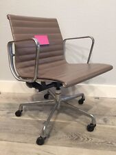 ***Original Herman Miller Eames Aluminum Group Management Chair in Tan Leather*C