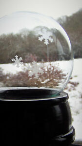 100mm Medium Snow Globe Kit (Glass globe etched with snowflake design )