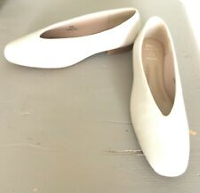 M&S Leather Pumps Ivory Size 5 1/2 - New!