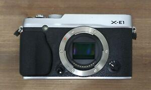 Fujifilm X-E1, plata (cuerpo).