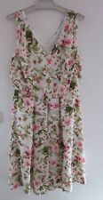EMERGE, NEW WITH TAGS, SIZE 12. PRETTY FLORAL PATTERN