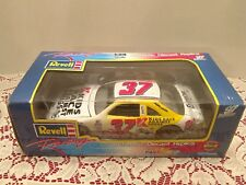 Revell 1:24 NASCAR Diecast Jeremy Mayfield 1997 Kmart Energizer Ford Racing