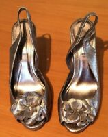 Ladies Gold Next High Heels Open Toe Sling Back Flower Party Shoes Size 5 SB5
