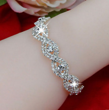Women's Fashionable Crystal Rhinestone Bracelet – Perfect gift for her !!