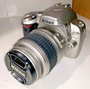 Nikon D40 6.1mp DSLR camera with Nikkor 18-55mm Zoom, in rare silver finish