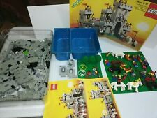 LEGO Vintage 6080 Lion Knights King's Castle with Manual 1984 / Box - see pictur