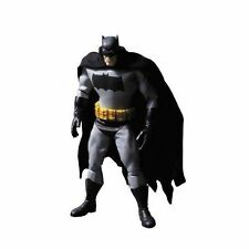 The  Dark Knight Returns Batman 1/6  Action Figure