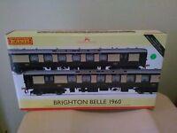 Hornby R3184 class Brighton Belle 1960 brown/umber version 2 car Brand New