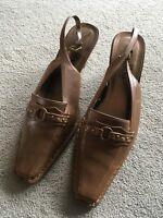 Damenschuhe Schuhe Sandalen Pumps Gr. 40 Braun neuwertig