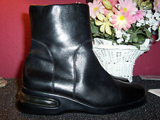 COLE HAAN  black leather ankle boots with side zipper 7M excellent cond.