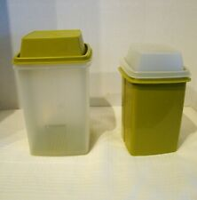 Tupperware Vintage Set of 2 Pick-A-Deli Pickle Olive Keepers 1330-1560 Avocado