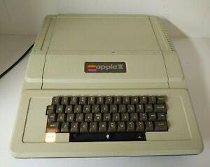 Vintage Apple IIe AA 11040B Computer Keyboard For Parts Untested