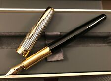 Parker, Sonnet, Fountain Pen, Black Silver Cisele GT, 18k Gold Med Nib, France