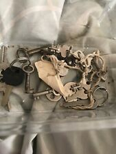 Job Lot 21,Antique/Vintage Keys Old Fashioned Bundle
