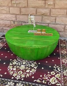 Wooden Cocktail Table Wood Green Finished Coffee Table in Round Shape, art