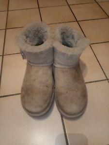 UGG Boots Bailey Button 39 Beige Neuwertig
