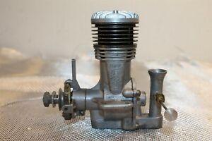 1948 ATWOOD SUPER CHAMPION 63 MODEL AIRPLANE ENGINE.63 U/C FREEFLIGHT TETHER CAR