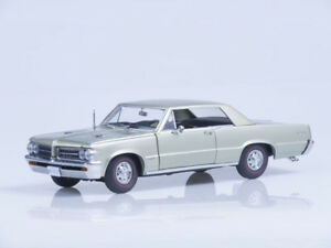 Scale model 1/18 1964 Pontiac GTO - Pinehurst Green