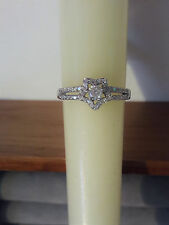 Sterling Silver Rhodium Plated Split Shank Open Star CZ Encrusted Ring Size 8
