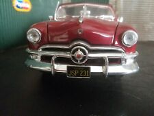 1/18 Scale 1950 Ford Convertible Soft Top Red   Maisto
