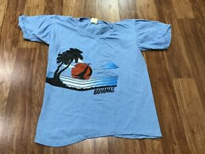 SMALL - Vtg 80s Bahamas Beach Sailing Single Stitch Pakistan Cotton T-shirt