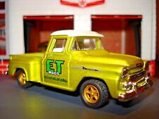 "1958 CHEVROLET APACHE STEPSIDE PICKUP TRUCK LIMITED EDITION 1/64 ""E.T. MAGS"""
