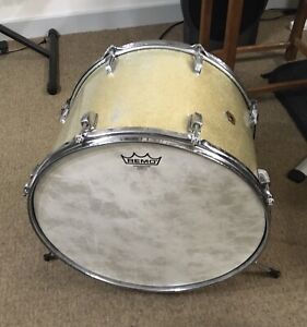 """Vintage Ludwig Silver Glitter 17""""x12"""" Bass Drum. Carter McLean Style!"""