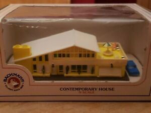 Bachmann Contemporary House N Scale 55-7409 Built Up New in Box