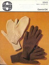 Sirdar 5543: Mittens and Gloves for Men in DK