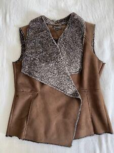 Tahari Brown Faux Suede & Faux Fur Vest Size Large