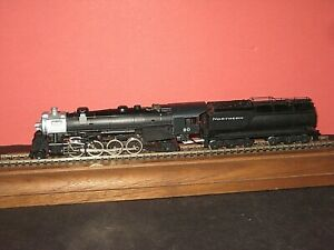 used HO Mantua 2-8-2 Steam engine. Vanderbilt Coal Tender,  gear problem C-6 sc