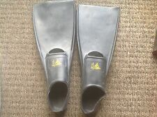 Deep see full foot fins size 1-3 brand new
