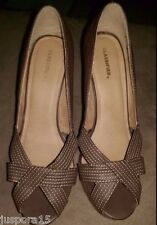 75098c9d3 Classified NWOB Womens Brown/Beige Open Toed Platform Shoes Size 10