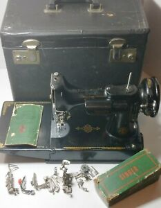 SINGER 221-1 Featherweight Sewing Machine w/ Case & Singer Attachments UNTESTED
