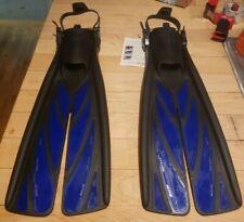 Atomic Aquatics Split Fins Blue and Black Medium Fit