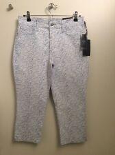 ff755bbdaf NWT NYDJ slimming fit thin Capri soft stretch denim pants