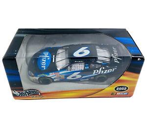 Mark Martin #5 Pfizer Car Hot Wheels NASCAR 2002Ford Diecast Replica 1:24